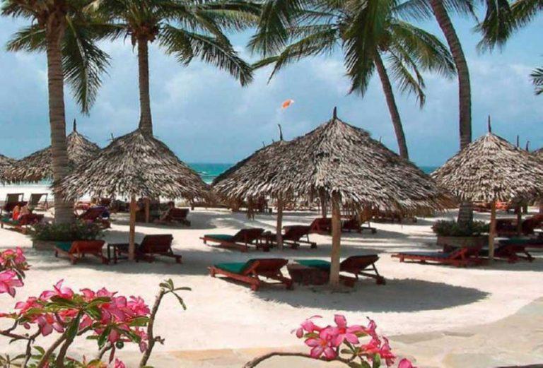 Diani beach nejlepší pláž v Africe